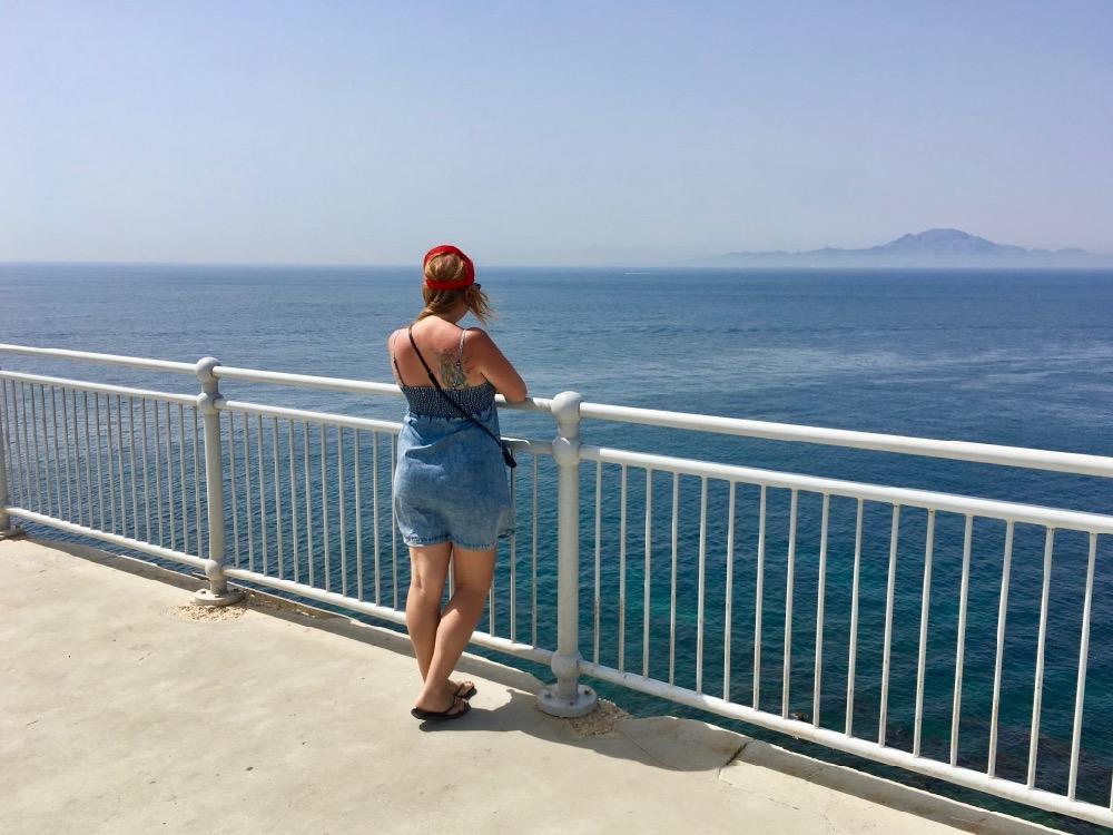 Koukám na Afriku z Gibraltaru