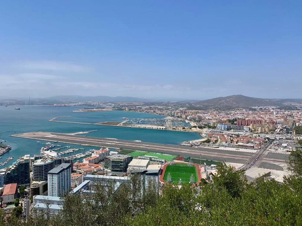 Přistávací dráha na letiště na Gibraltaru