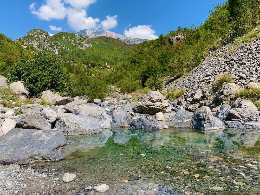 Řeka Lumi i Thethit