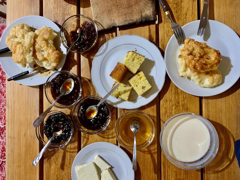 Snídaně v Rupa Guest House